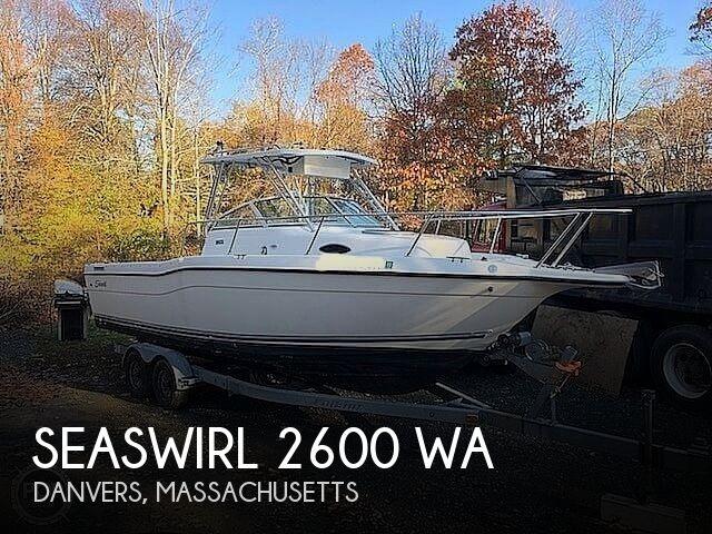 1999 Seaswirl 2600 WA