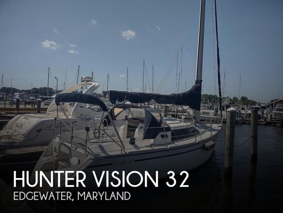1989 Hunter 32 Vision