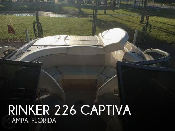 2006 Rinker 226 Captiva