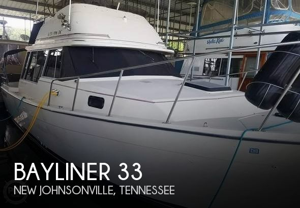 1983 Bayliner 3270 Explore w/Command Bridge