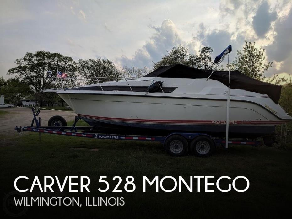 1990 Carver 528 Montego