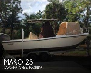 1990 Mako 231