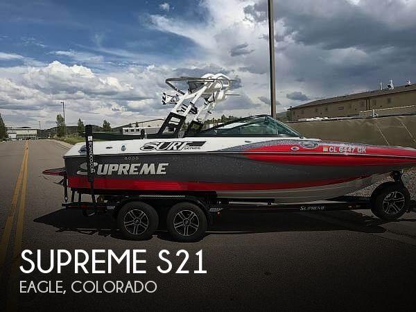 2015 Supreme S21 Surf Series