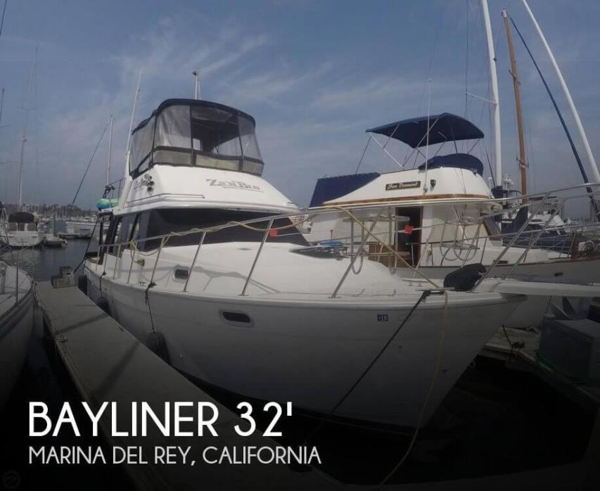 1991 Bayliner 3288 Motor Yacht