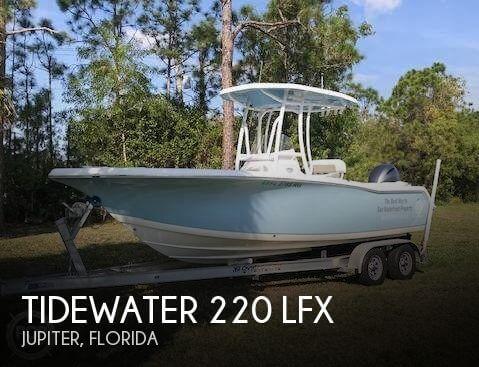 2017 Tidewater 220 LFX