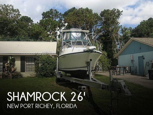 1999 Shamrock 260 Express
