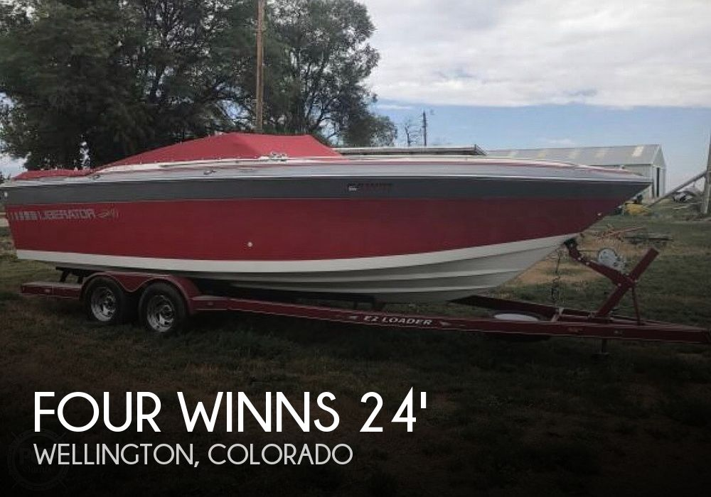 1989 Four Winns 241 Liberator