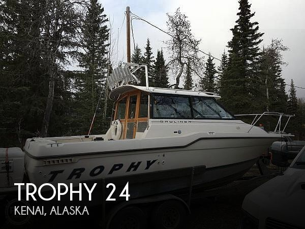1995 Bayliner Trophy 2359 WA
