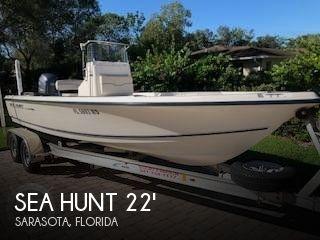 2004 Sea Hunt 22 Navigator