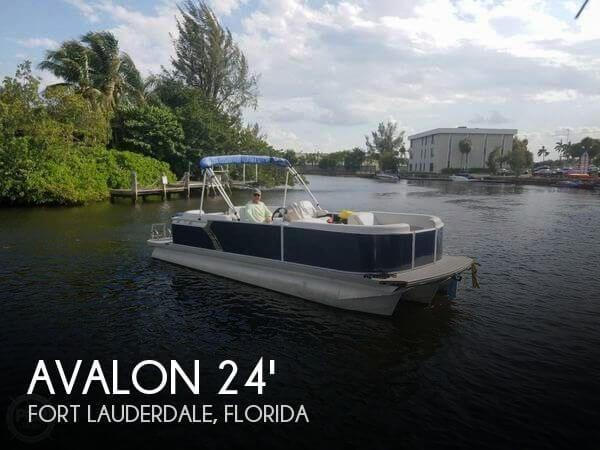 2016 Avalon Catalina LSZ 24 Quad Lounge
