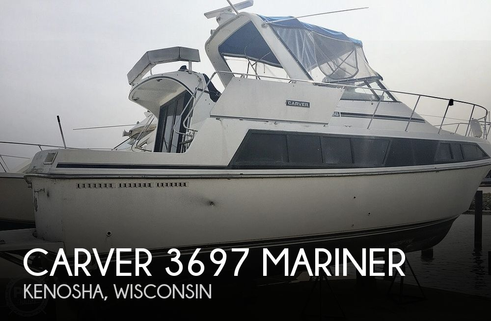 1987 Carver 3697 Mariner