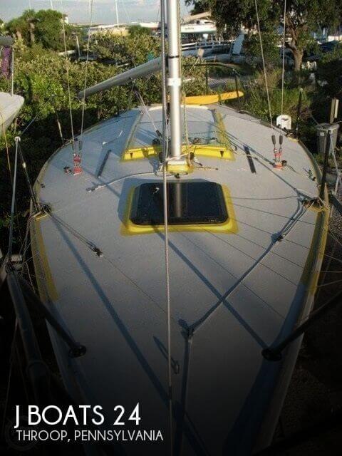 1981 J Boats 24
