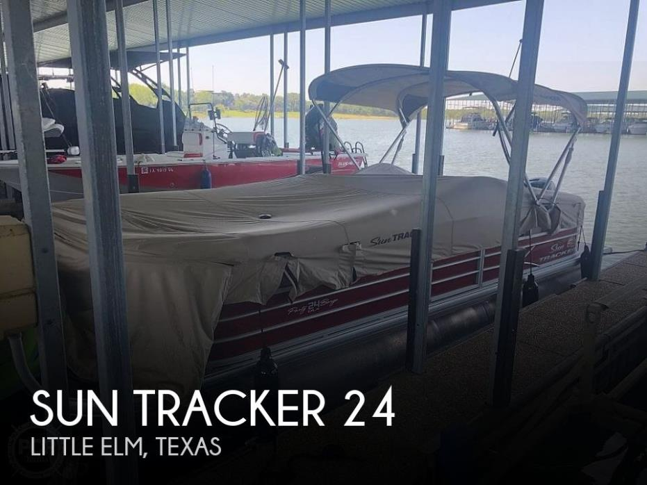 2019 Sun Tracker Party Barge 24 DXL