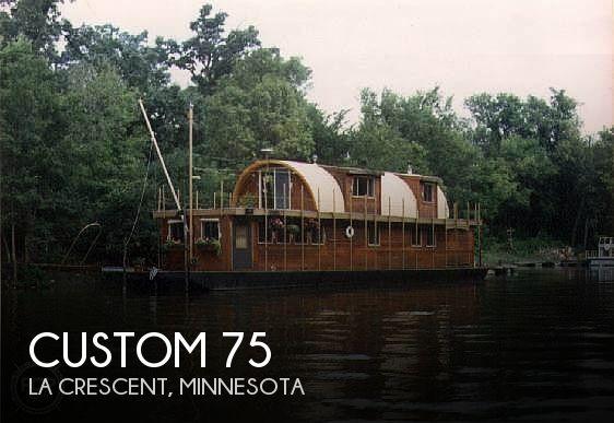 1983 Custom 75 House Boat