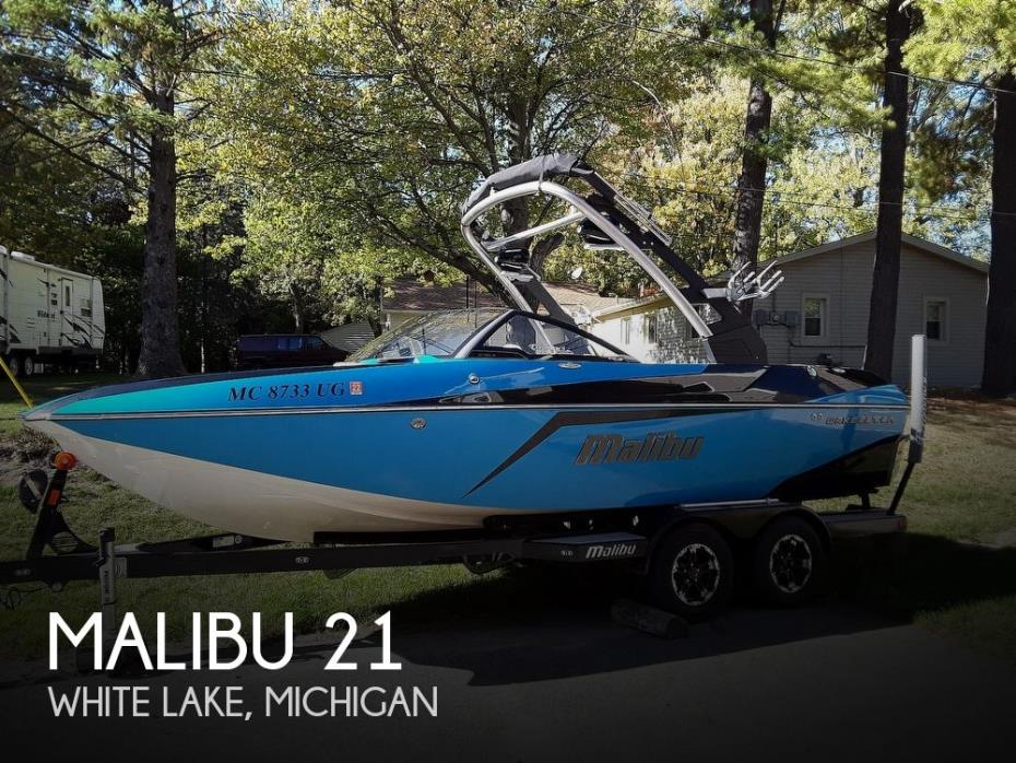 2018 Malibu 21 MLX Wakesetter