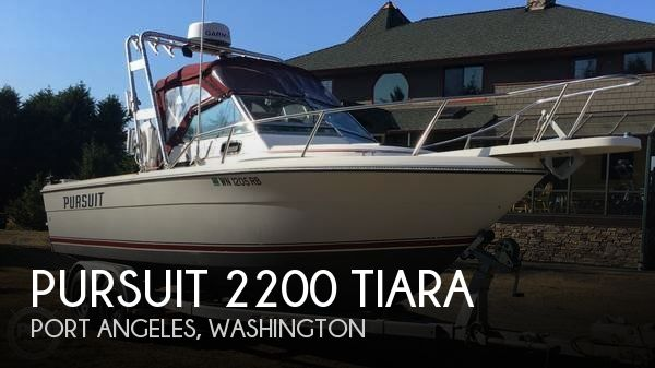 1985 Pursuit 2200 Tiara