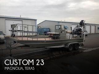2012 Custom 23