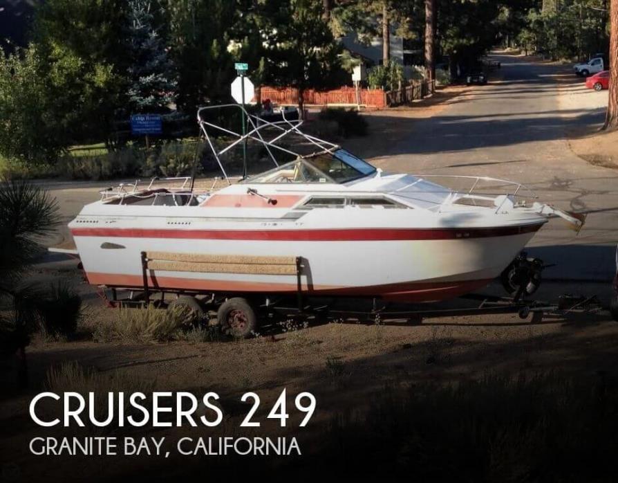 1977 Cruisers Yachts 249