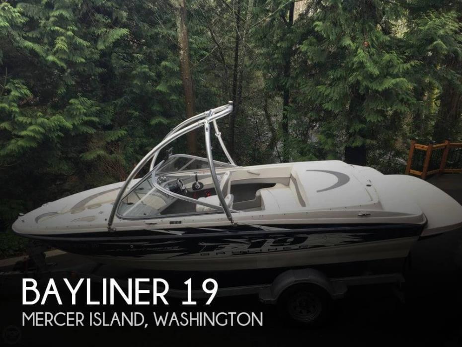 2010 Bayliner 19