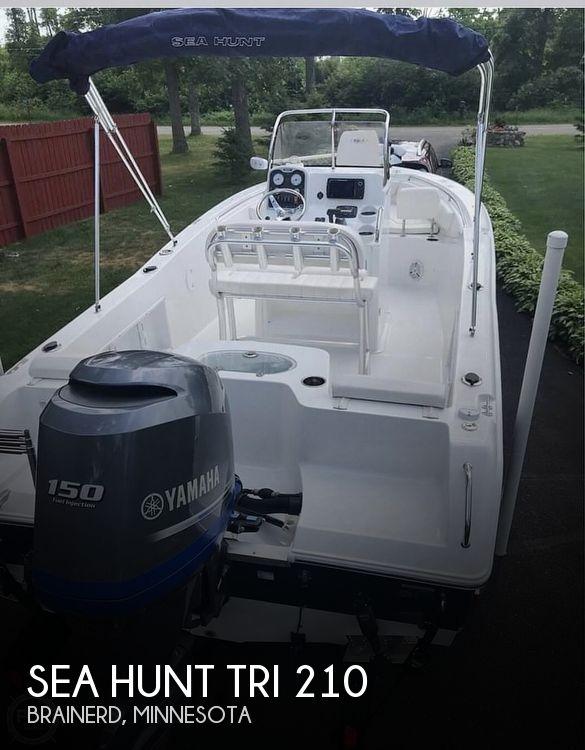2014 Sea Hunt Tri 210