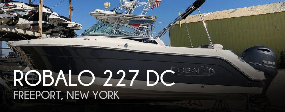2020 Robalo 227 DC