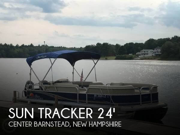 2012 Sun Tracker Party Barge 24 DLX Signature