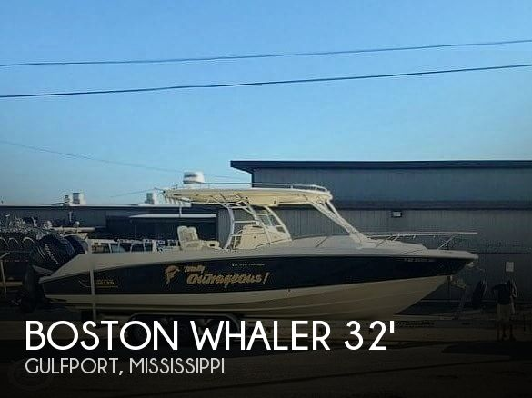 2006 Boston Whaler 320 Outrage Cuddy