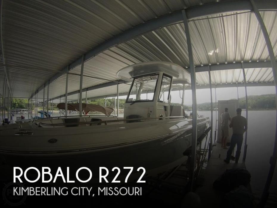 2019 Robalo R272