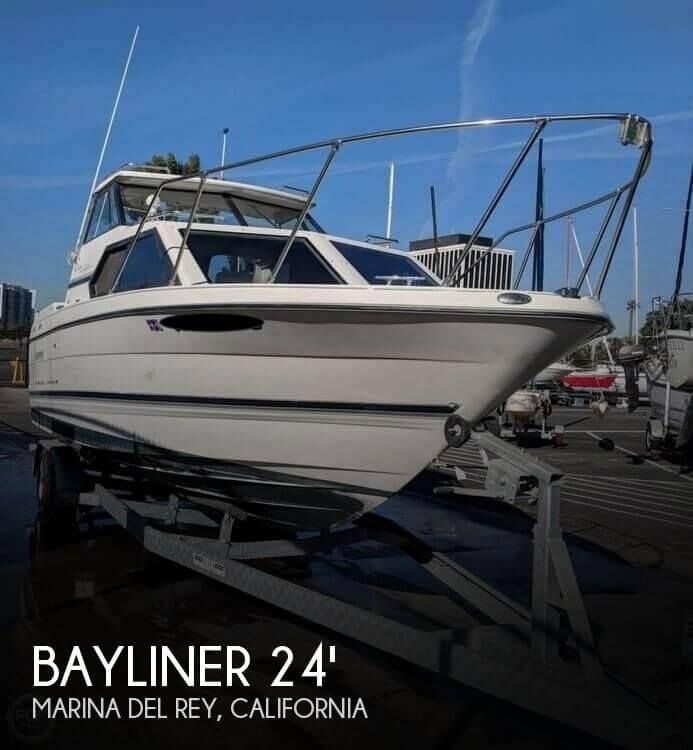 1998 Bayliner Ciera 2452 Express