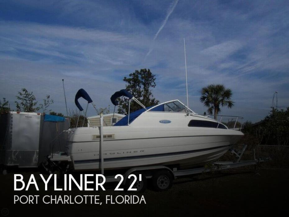 2004 Bayliner 222 Classic