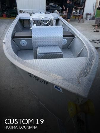 2006 Custom 19 Bay / Mud Boat
