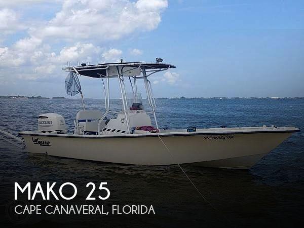 2007 Mako 25