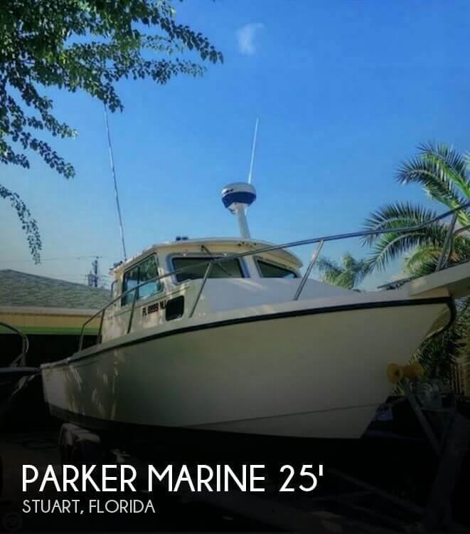 2003 Parker Marine 2520MV Sport Cabin