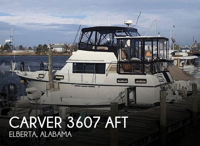 1986 Carver 3607 Aft