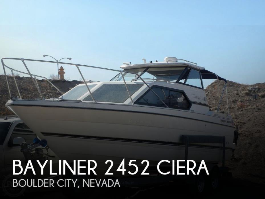 1997 Bayliner 2452 Ciera