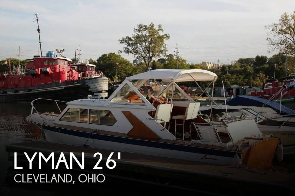 1969 Lyman 26 Express Cruiser
