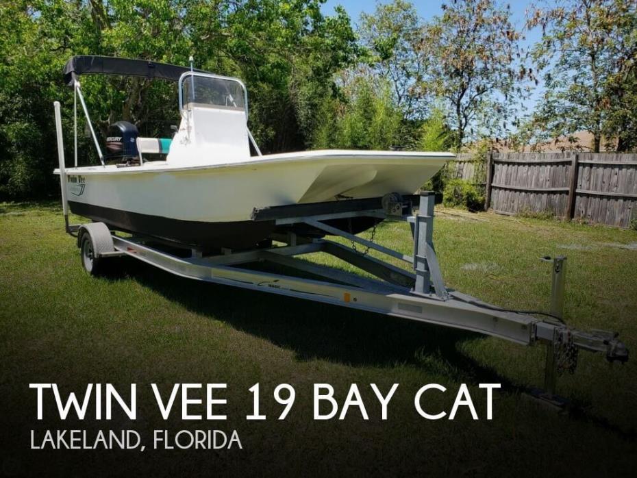 2014 Twin Vee 19 Bay Cat