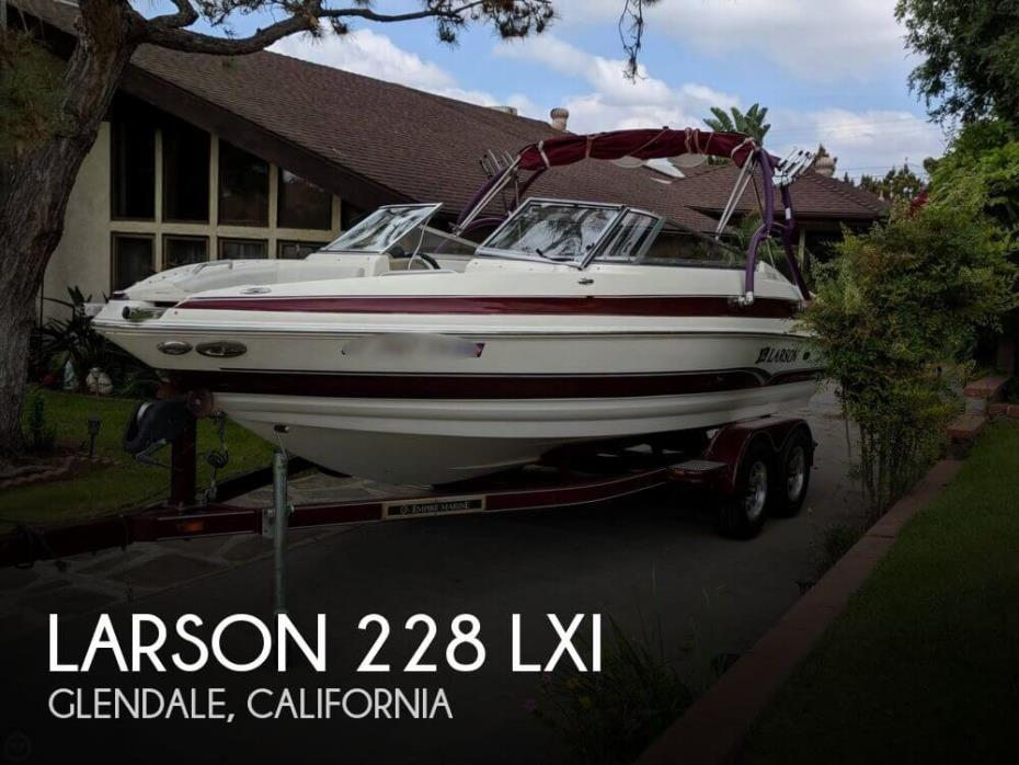 2006 Larson 228 LXI