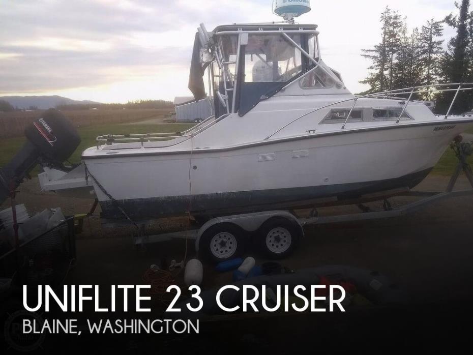 1972 Uniflite 23 Cruiser