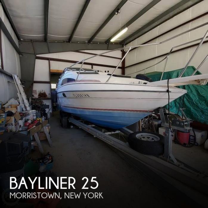 1990 Bayliner 25
