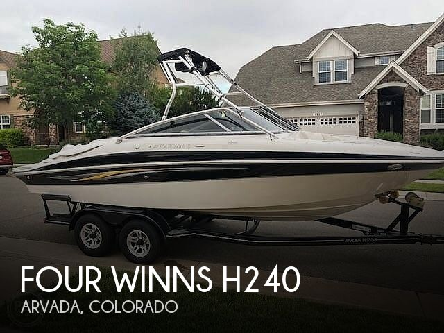 2009 Four Winns H240