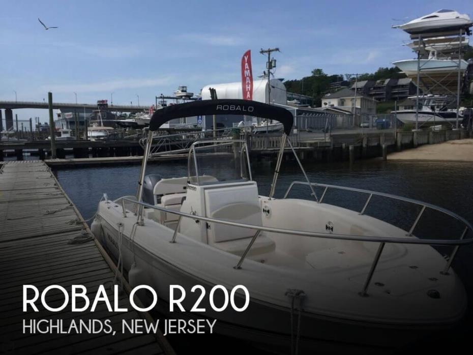 2016 Robalo R200