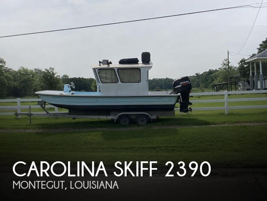 2011 Carolina Skiff 2390 DLX-EW