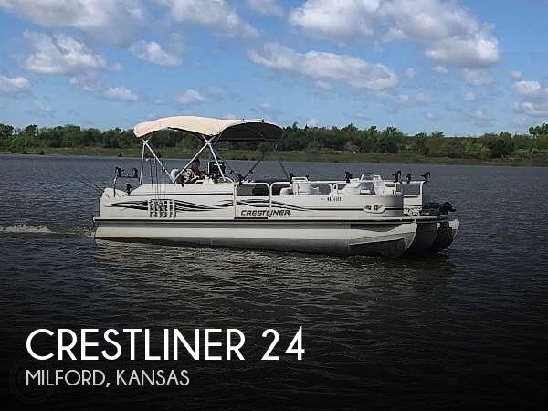 2007 Crestliner 24