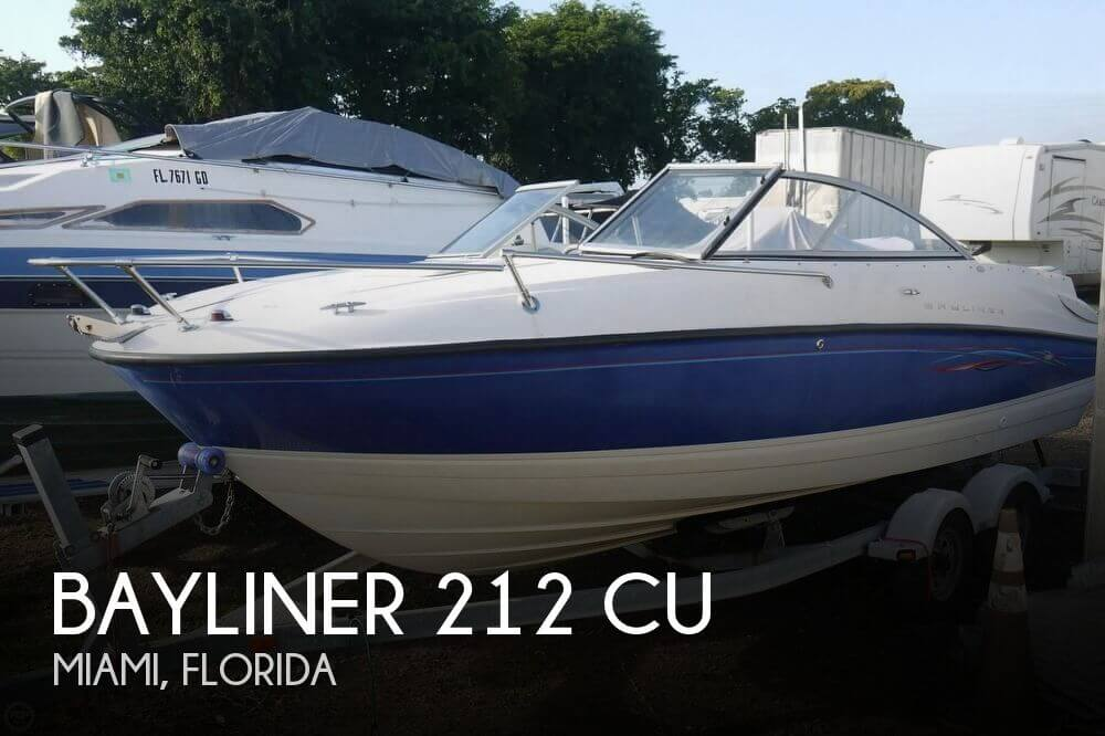 2006 Bayliner 212 Cuddy