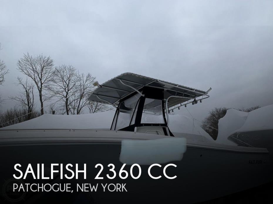2011 Sailfish 2360 CC