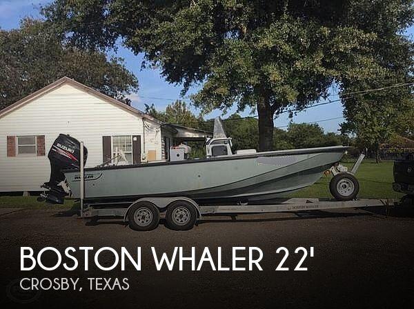 1990 Boston Whaler 220 Guardian