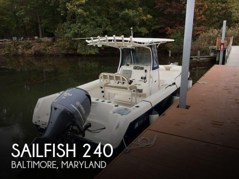 2013 Sailfish 240