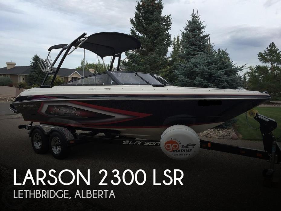 2013 Larson 2300 LSR