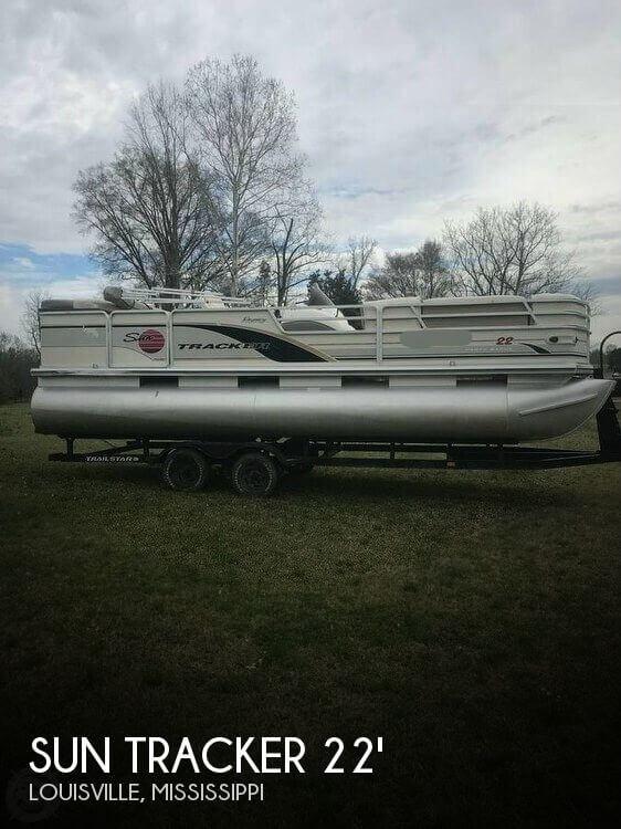 2002 Sun Tracker Regency 22 Party Barge
